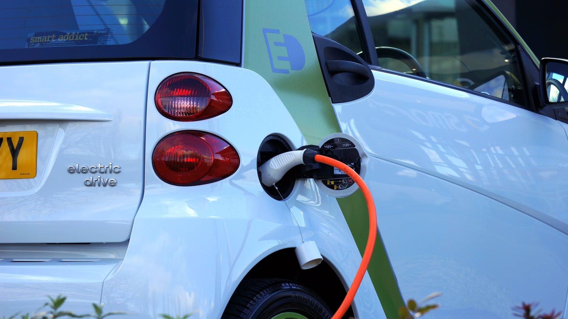 carga vehículo eléctrico noticia vilanova i la geltrú
