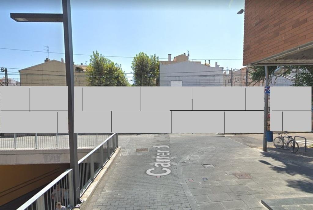 Recreación fotomontaje del muro de pantallas acústicas en Vilanova I la Geltrú, proyecto ADIF Renfe presentado en 2020 en Villanueva Y Geltrú