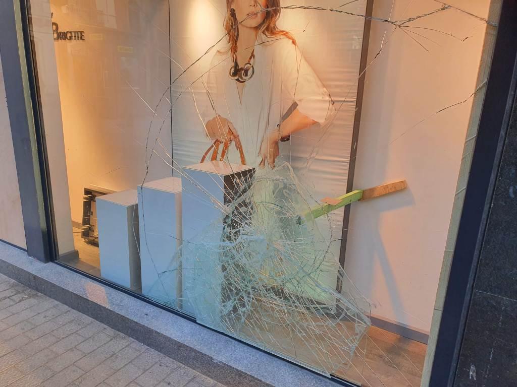 Ataque a tiendas, comercios de Vilanova i la Geltrú, febrero 2021