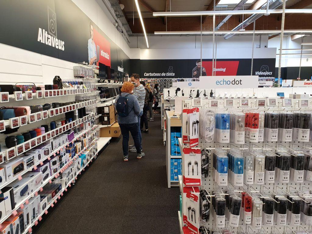 Tienda Mediamarkt Calafell foto 4