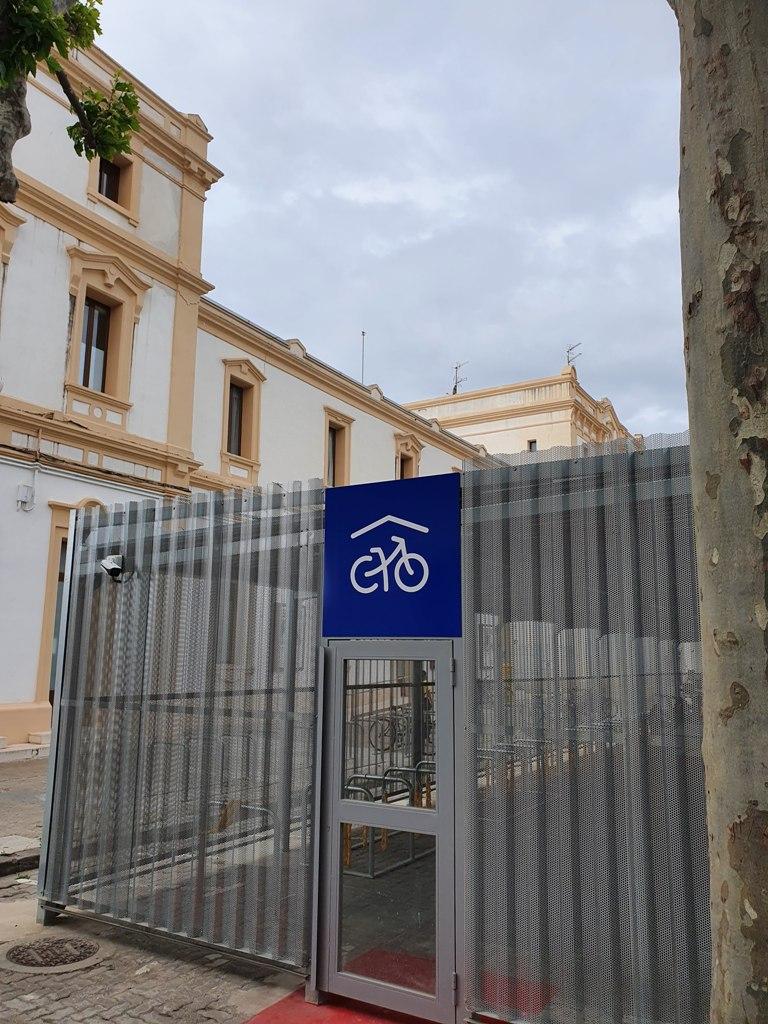 Cicloestación, parking vigilado para bicis en Vilanova i la Geltrú